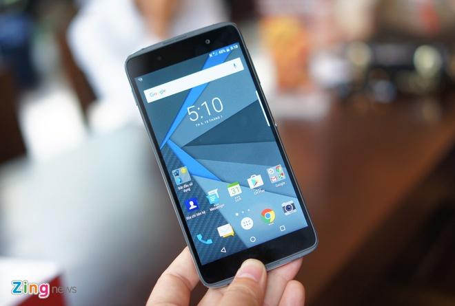 6 smartphone sang gia len ke tai VN thang 9 hinh anh 1