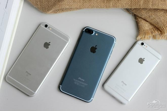 6 smartphone sang gia len ke tai VN thang 9 hinh anh