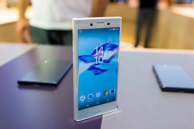 10 smartphone dang chu y vua ra mat hinh anh 2