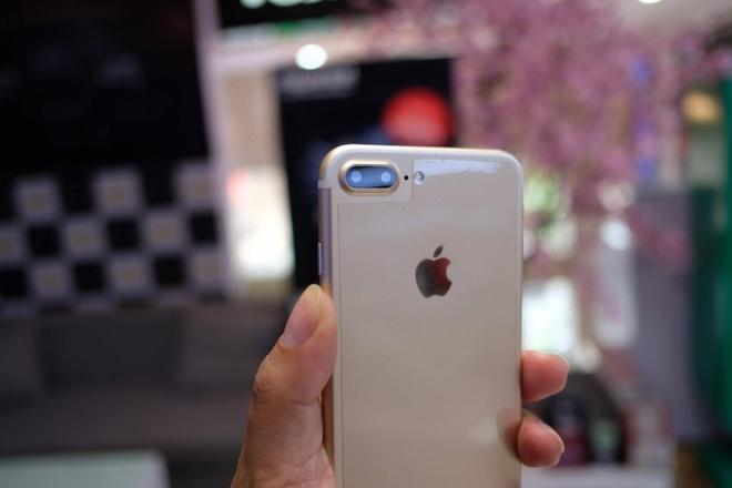 iPhone 7 Plus hang nhai gia hon 2 trieu tai Viet Nam hinh anh 4