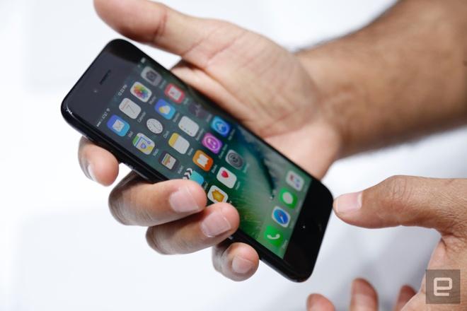 Gia iPhone 7 o dau re nhat the gioi? hinh anh