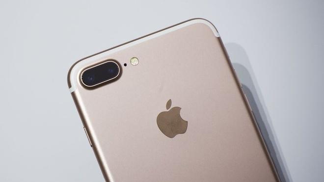 iPhone 7 Plus duoc xac nhan co RAM 3 GB, manh hon iPad Pro hinh anh