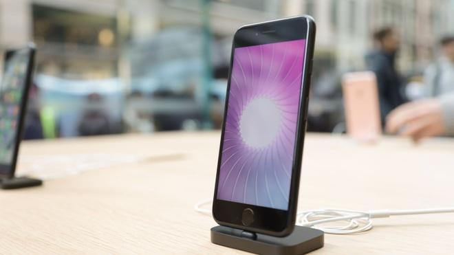 iPhone 7 bi loi mat song hinh anh