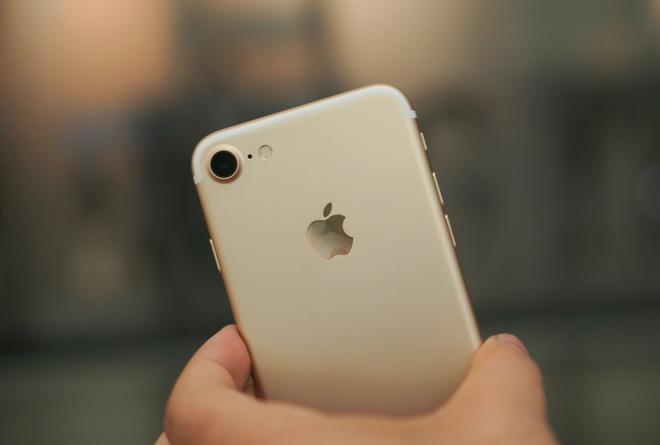 iPhone 7 bi che gi nhieu nhat? hinh anh