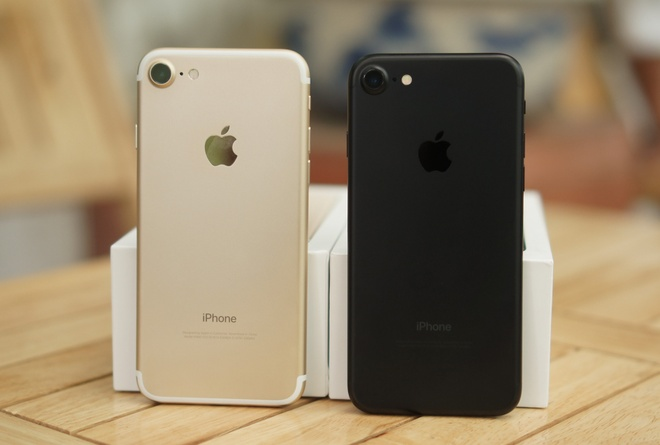 doi thu don duong cho iPhone anh 1