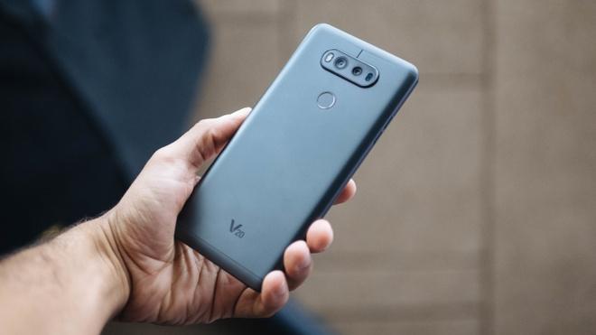 6 smartphone dang cho doi vao cuoi nam hinh anh 2