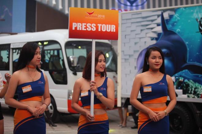 Vietnam Motor Show 2016: Nhieu xe hot nhung thieu gia vi hinh anh 1