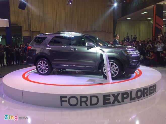 Vietnam Motor Show 2016: Nhieu xe hot nhung thieu gia vi hinh anh 5