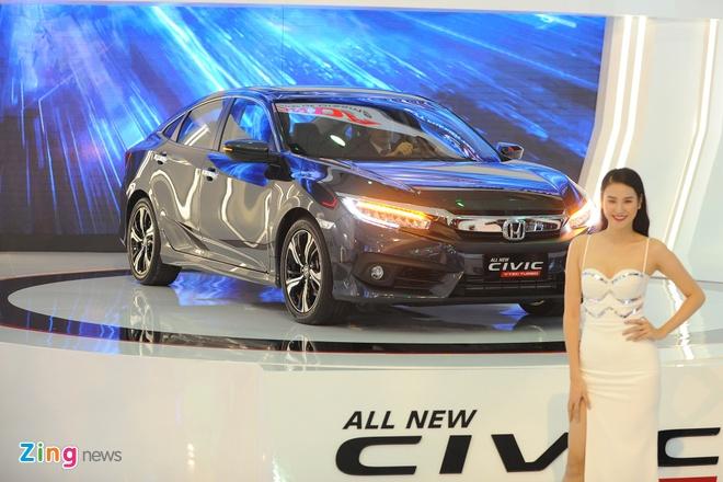 Vietnam Motor Show 2016: Nhieu xe hot nhung thieu gia vi hinh anh 16