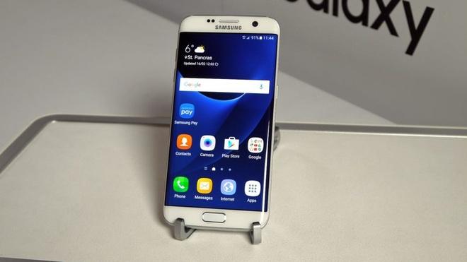 Galaxy S7 edge bat ngo ban chay tai Viet Nam hinh anh