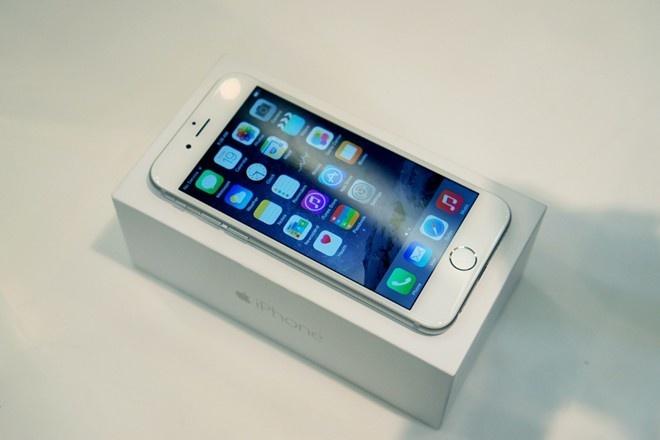 Ve gia 6-7 trieu, iPhone 6 thanh hang pho thong hinh anh
