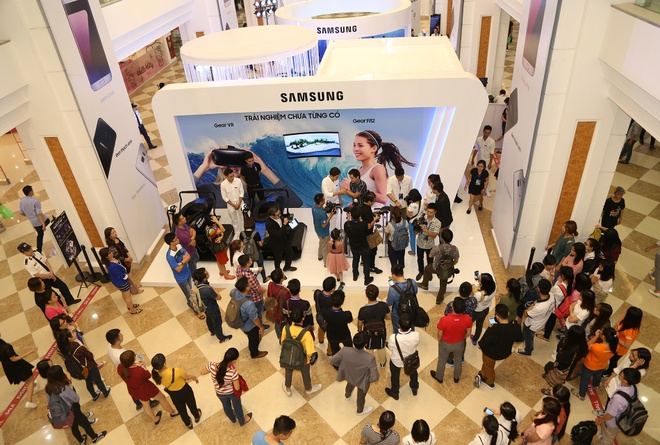 Samsung lan dau tien mang Galaxy Studio den Ha Noi hinh anh 1