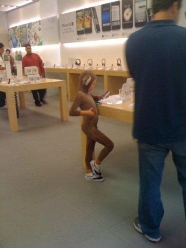 Nhung hinh anh hai huoc chi co tai Apple Store hinh anh 4