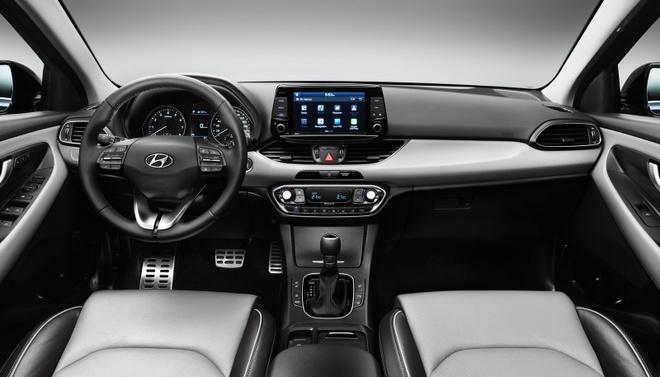 Hyundai i30 xuat xuong anh 2