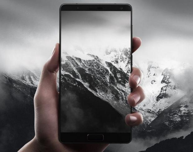 Doi thu cua Galaxy S8 voi man hinh cong, gia 330 USD hinh anh 2