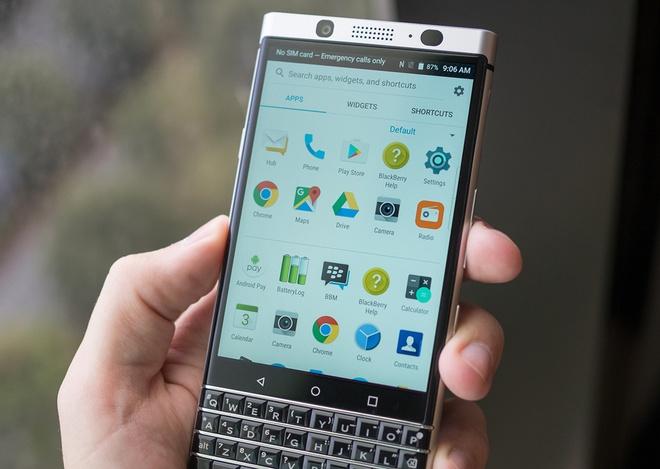 Anh thuc te ban mau BlackBerry Mercury voi ban phim QWERTY hinh anh 3