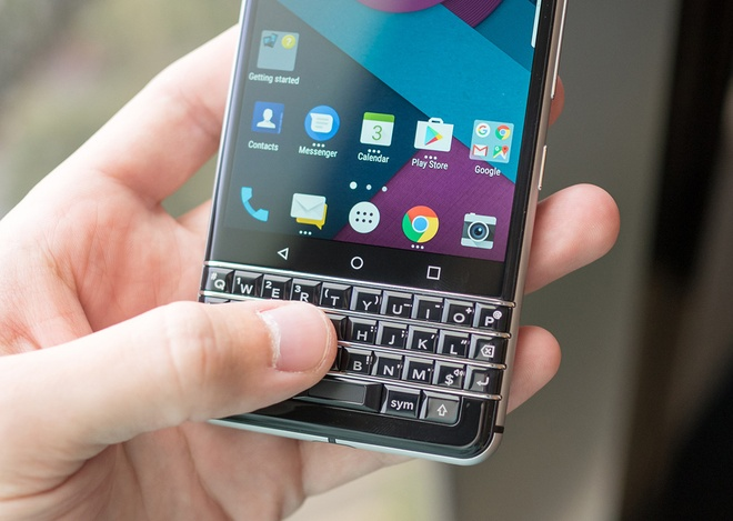 Anh thuc te ban mau BlackBerry Mercury voi ban phim QWERTY hinh anh 7