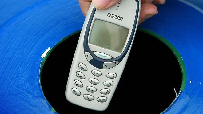 Nokia 3310 tai xuat: Co hoi nao cho 'cuc gach' huyen thoai? hinh anh 1