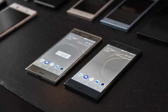 Can canh Xperia XZs, XZ Premium hinh anh