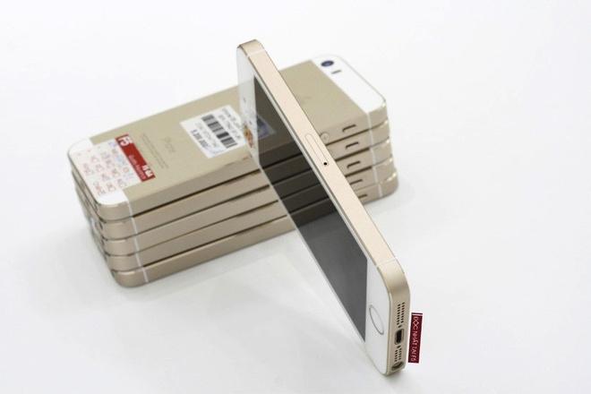 iPhone 5S gia con 2 trieu dong tai Viet Nam hinh anh 1