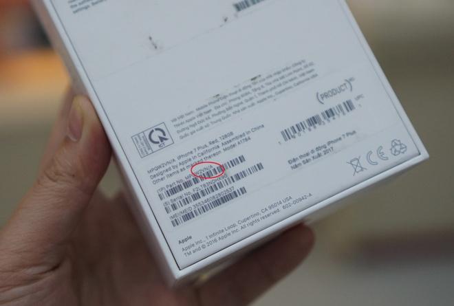 iPhone 7 mau do chinh hang len ke anh 3