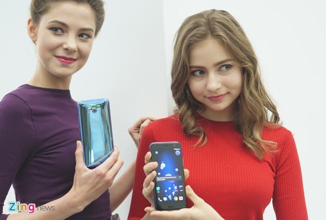 HTC U11 ra mat anh 1