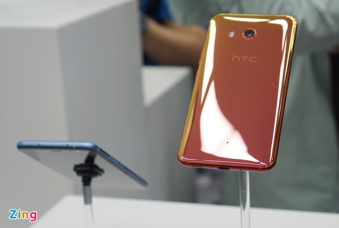 HTC U11 ra mat anh 2