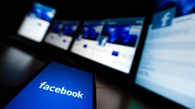 Nha bao cua 'ho so Panama' bi khoa Facebook khi to cao tham nhung hinh anh