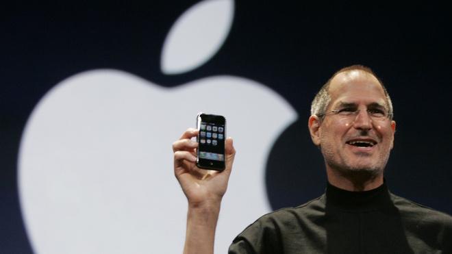 Nhin lai 10 nam iPhone thay doi the gioi qua 10 bieu do hinh anh