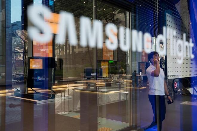 Apple dang lam giau cho Samsung hinh anh