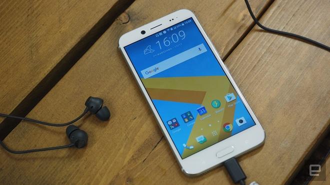 5 smartphone tam trung sang gia vua len ke tai VN hinh anh