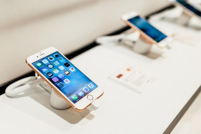 Samsung, Apple, Oppo va su nham chan cua thi truong di dong Viet hinh anh