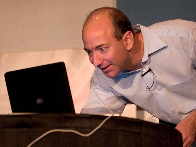Jeff Bezos lam giau nhu the nao? anh 10