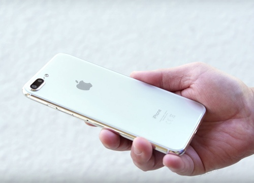 Ban mau iPhone 7s Plus: Thiet ke cu ma moi hinh anh