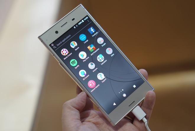 Sony ra mat Xperia XZ1, XZ Compact voi kha nang chup hinh 3D hinh anh