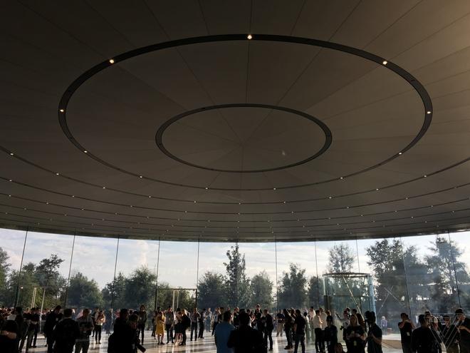 iPhone 8, 8 Plus va iPhone X trinh lang, gia len toi 999 USD hinh anh 4