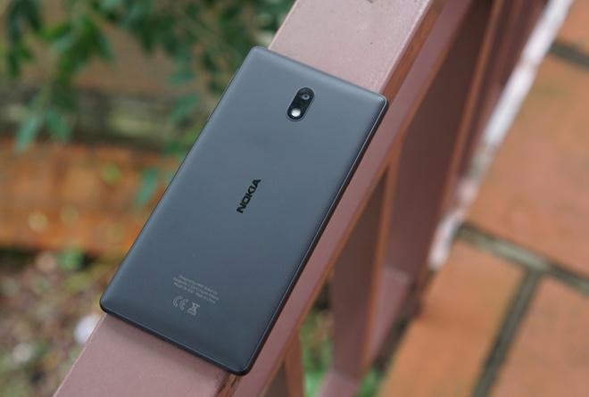 Danh gia Nokia 3: Smartphone gia re, thiet ke ua nhin hinh anh