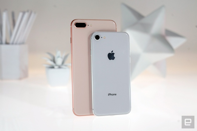 Wall Street Journal danh gia iPhone 8, 8 Plus hinh anh