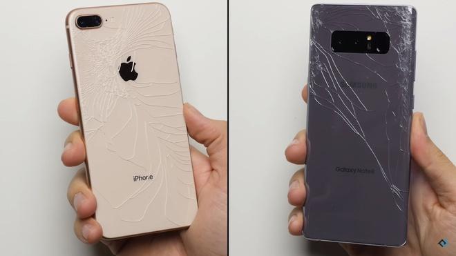 Galaxy Note 8 ha do van iPhone 8 Plus trong man tha roi hinh anh