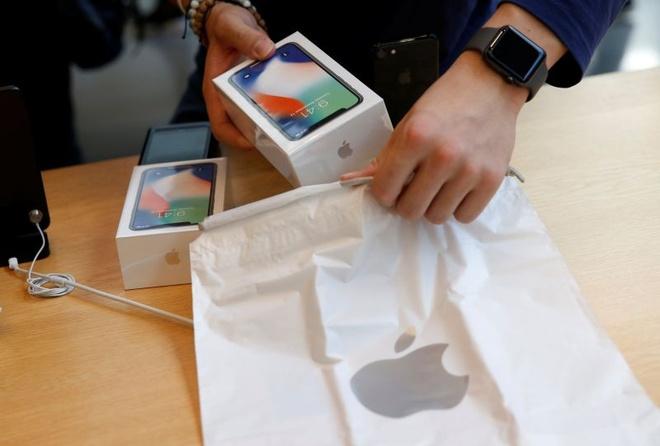 iPhone X giam nhanh ve muc 33 trieu tai Viet Nam hinh anh