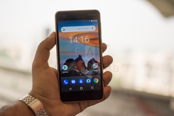 Nokia 2 pin 4.100 mAh, gia 2,4 trieu tai Viet Nam hinh anh 1