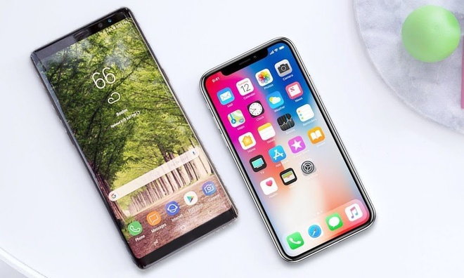 Note 8, iPhone X thong tri thi truong smartphone cao cap VN hinh anh