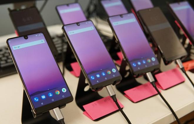 smartphone hap dan tro lai anh 2