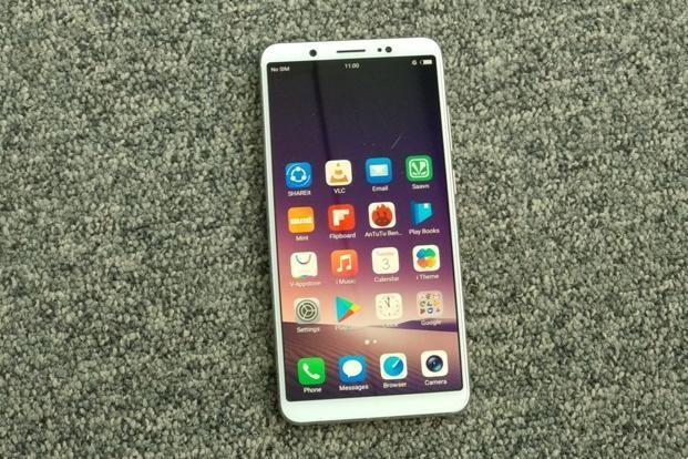 5 smartphone man hinh lon gia tot cho nam 2018 hinh anh 5