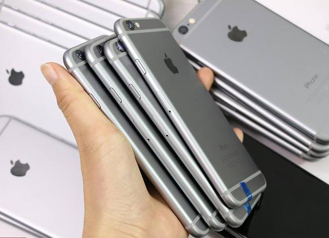 Smartphone tan trang banh truong toan cau hinh anh