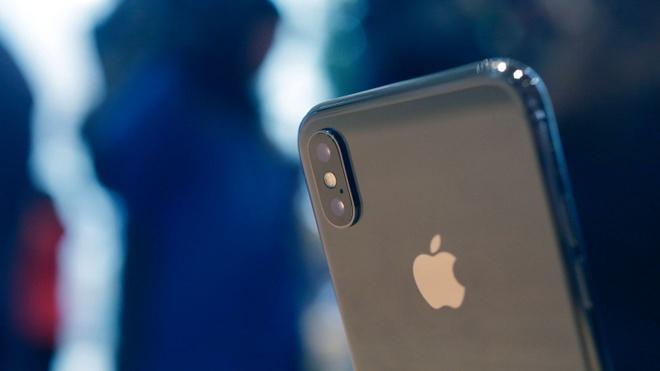 'Toi mua iPhone X vi khong the thoat khoi luoi nhen Apple' hinh anh