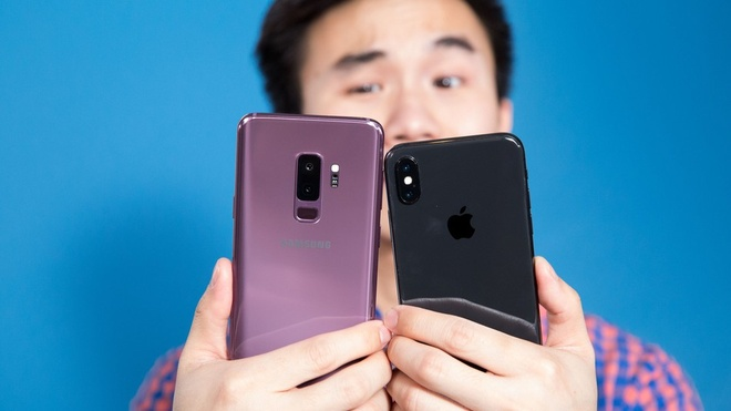 Mua smartphone: Khong bom tan thi chon gi? hinh anh