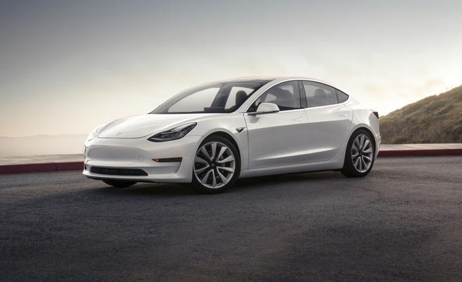 Thu lai Tesla Model 3 hinh anh