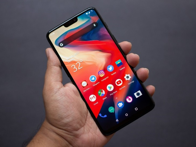 8 ly do nen mua smartphone 530 USD nay thay vi iPhone X hinh anh