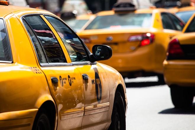 Vi Uber, gioi tai xe taxi New York vo no va tu sat hinh anh
